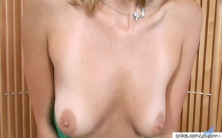 hot d like to fuck in pantyhose undresses and