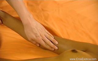 erotic dynamic lesbo massage