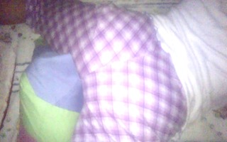 wife masturbating with her pillow to