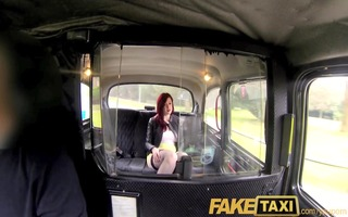 faketaxi knickerless whore assents to backseat sex