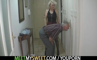 he is finds his mamma and daddy fucking his gf